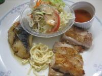 チキンのオーブン焼き 梅ダレ魚のムニエル