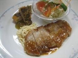 ポークソテー&カレイの唐揚げ()