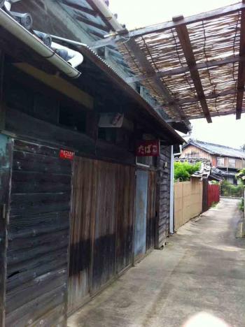 佐久島 雑貨屋 開店前