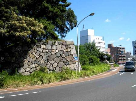 枳殻坂から県庁途中