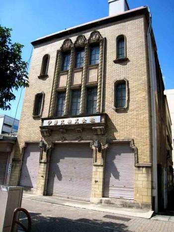 丸の内の古風な建物2