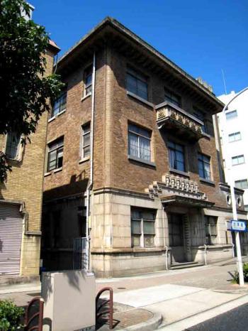 丸の内の古風な建物3