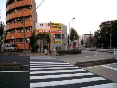 熱田神宮北側の坂道