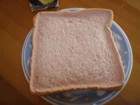 イチゴミルクパン3