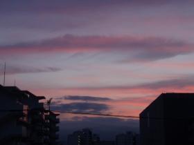 ピンクの西空