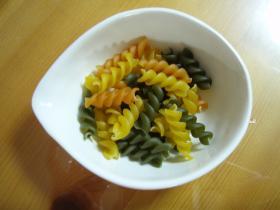 緑黄色マカロニ2