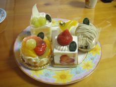 新宿高野のケーキ2