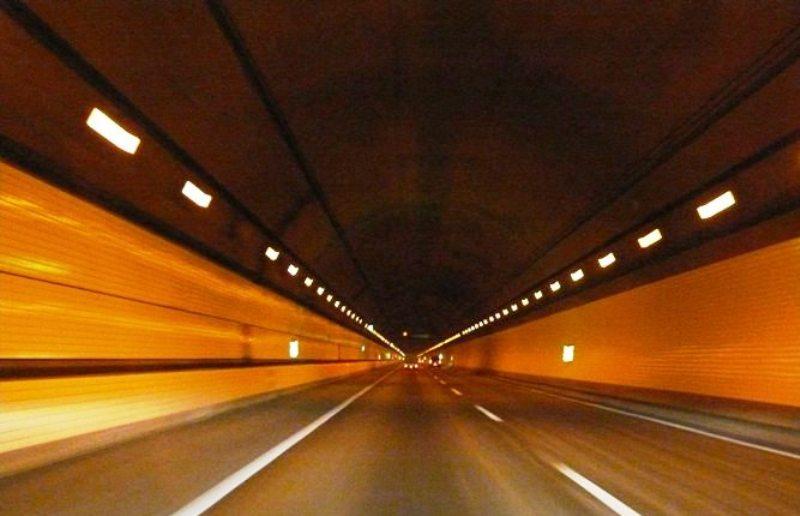 アクアライン海底トンネル