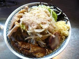 ラーメン大蒲田支店(大盛りチャーシュー麺上から)