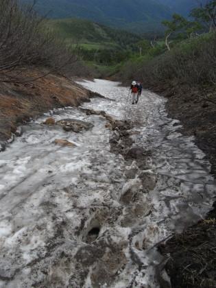 長めの雪渓