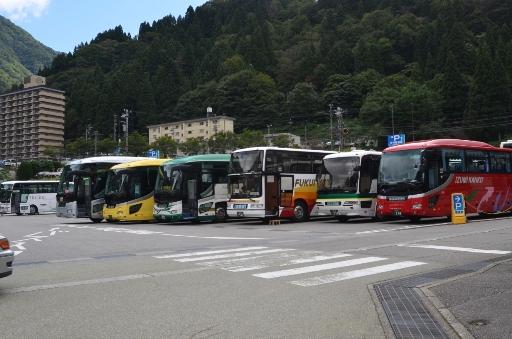2011-09-24宇奈月駅-2