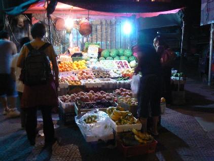 090925果物や全景