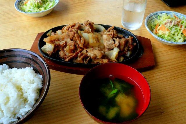 十和田市 ラム善 バラ焼き定食 ランチ グルメ