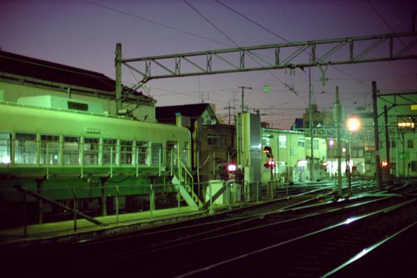 夜明け前/西院車庫