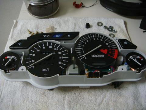 ZZR400 - ホワイトELメーター装着