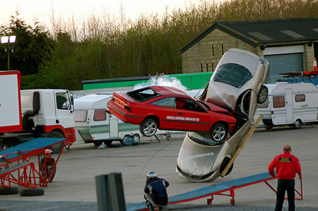 World_s_Craziest_Stunts__14.jpg