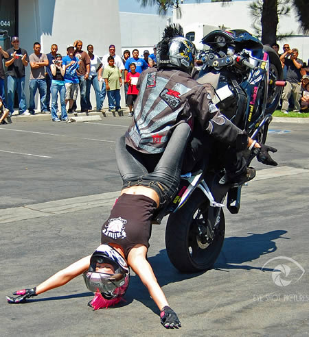 World_s_Craziest_Stunts__7.jpg