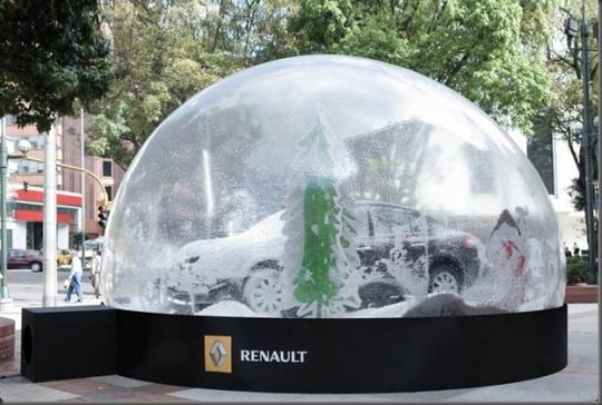 renault-snow-globe.jpg
