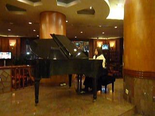 ホテルピアノ