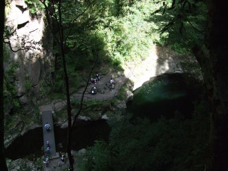 8布曳き滝上