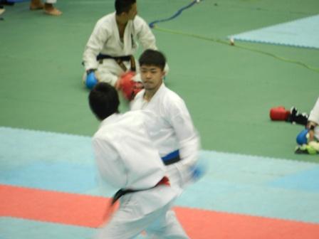 2011年アジア 優 4 014