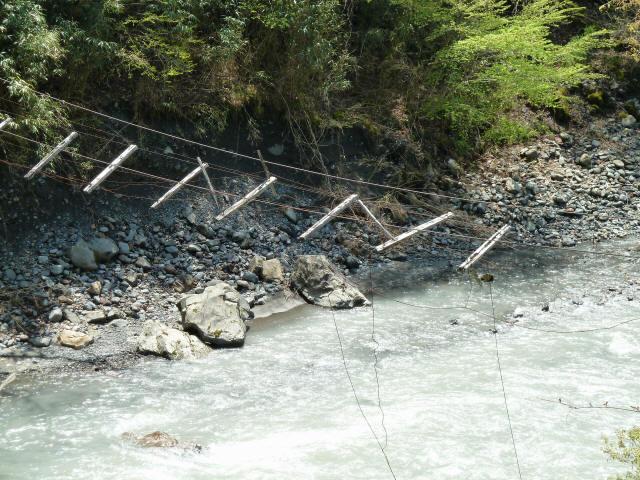 中根の吊橋3