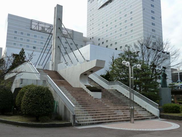 福井中央公園歩道橋2