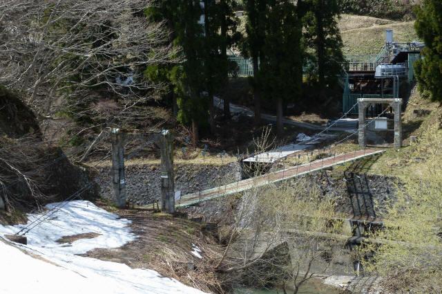 切明発電所の吊橋1