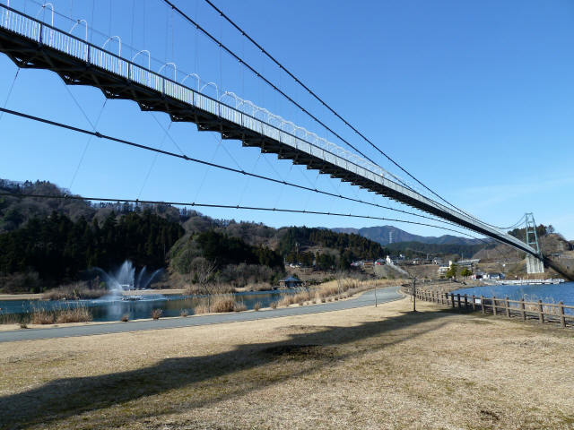 水の郷大つり橋11