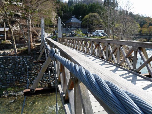 大出の吊橋10