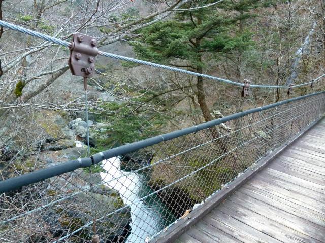 留春の滝吊橋4