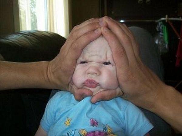 顔面プレスベイビー