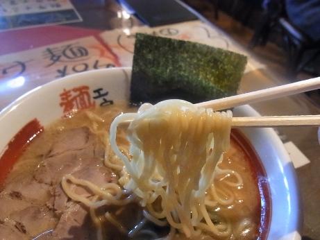もっちりした太麺