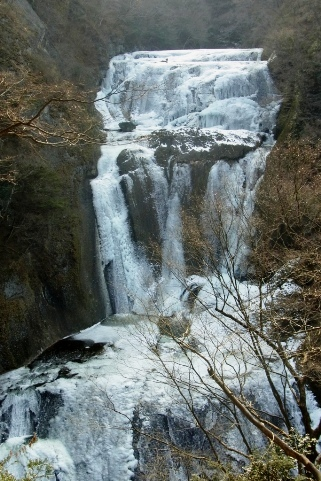 新観瀑台からの氷爆