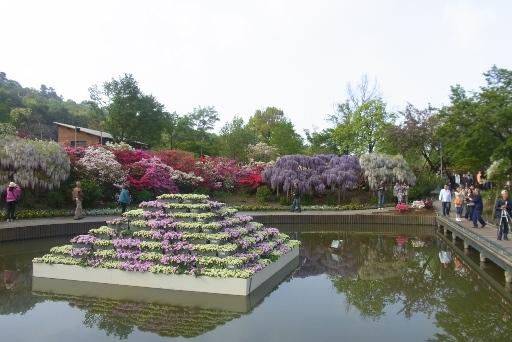 花壇池からの光景