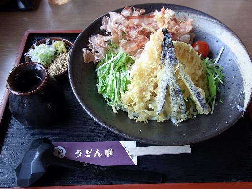 天ぷらおろしのぶっかけうどん