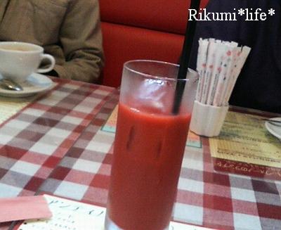 真っ赤なオレンジジュース