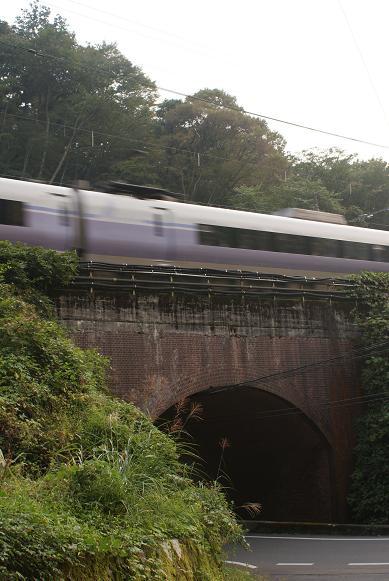 レンガのトンネル