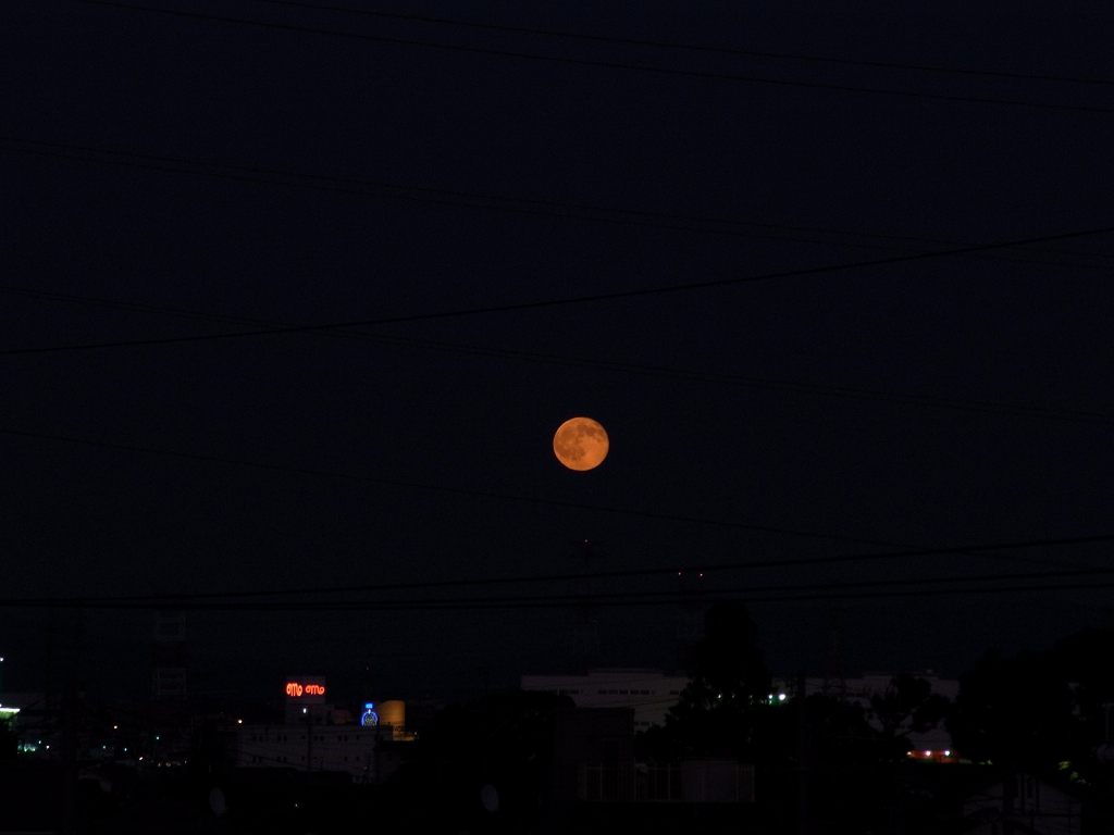 月の出2。
