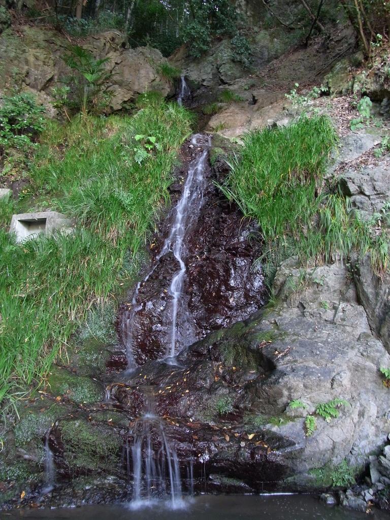 水無瀬の滝。