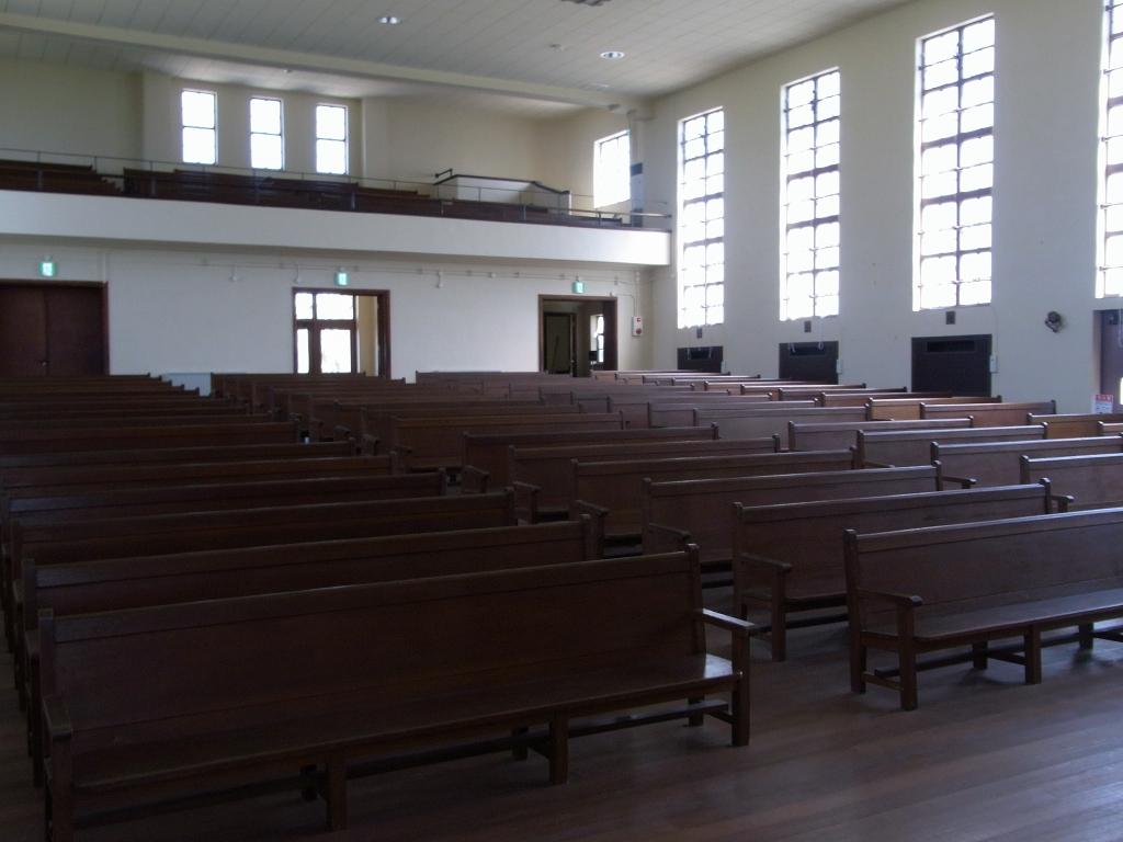 講堂内部2。