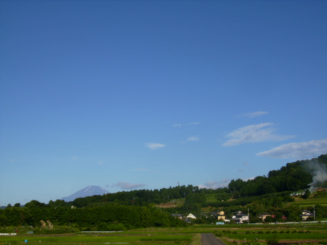 夏富士と青空51