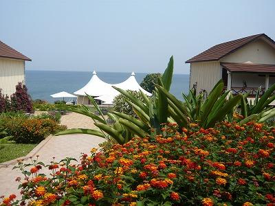 タンガニーカ湖畔のホテル