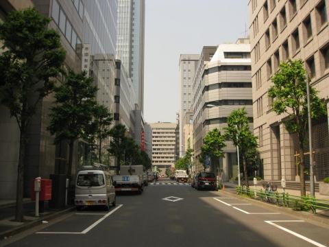 大伝馬本町通り・日本橋本町