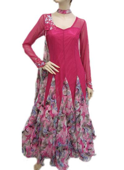 モチーフ付きフラワープリントドレス
