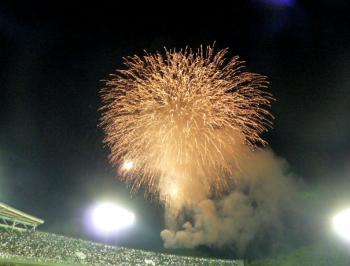 絵日記8・29近鉄花火1