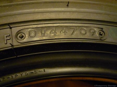 トーヨータイヤ TRANPATH MP4 205/55R17 95V 製造年週確認