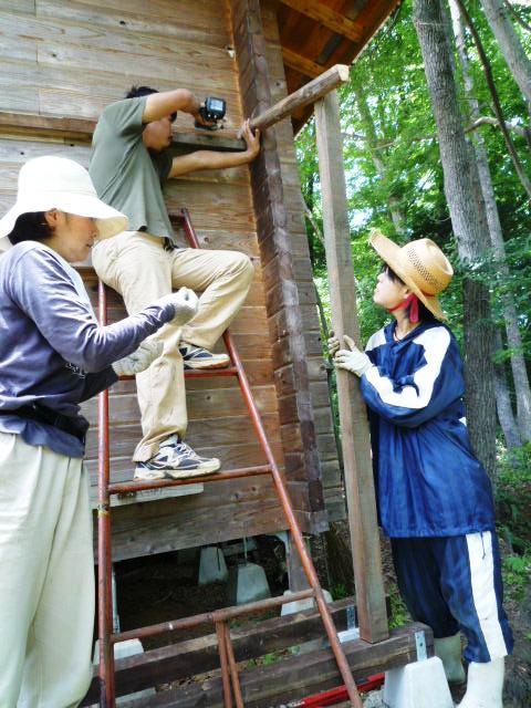 柱と垂木を組む
