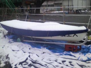 雪ヨット横