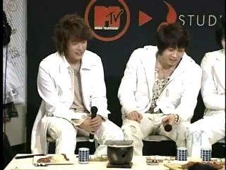 TVXQ 060317 MTV M size Friday #3.mpg_000430029